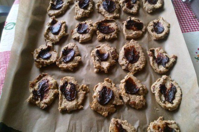 Biscuiți de casă cu semințe și magiun