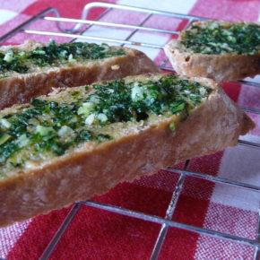 Tartine cu usturoi (garlic bread) (de la 8 luni)