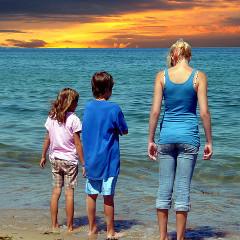 Ne luăm o binemeritată vacanță de vară