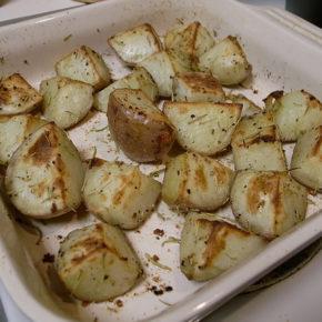 Cartofi cu rozmarin la cuptor (de la 8 luni)