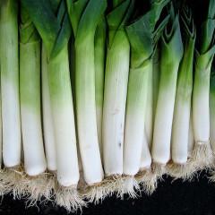 Praz, o altă legumă din familia Allium, bună la gust și bună pentru sănătate