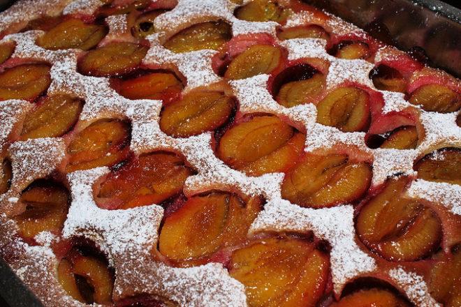 prăjitură cu fructe de sezon