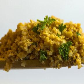 Ardei copți cu quinoa și smântână (de la 8 luni)