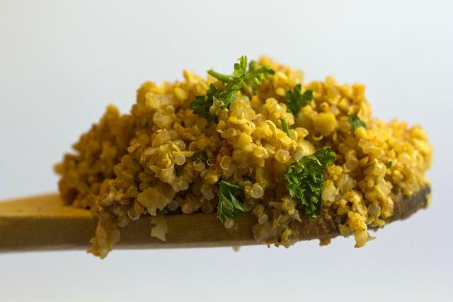quinoa cu ardei copti