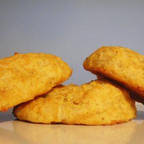 Biscuiţi cu brânză Cheddar (de la 1 an)