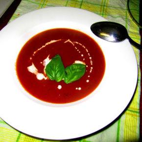 Supă de roşii (de la 2 ani)