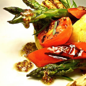 Salată din legume la grătar (de la 1 an)
