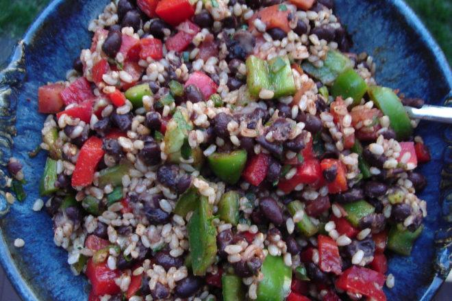 salată de orez basmati şi fasole