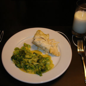 Broccoli cu sos alb (de la 1 an)