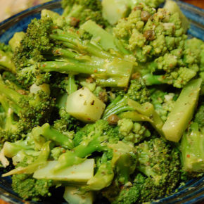 Salată de broccoli (de la 1 an)