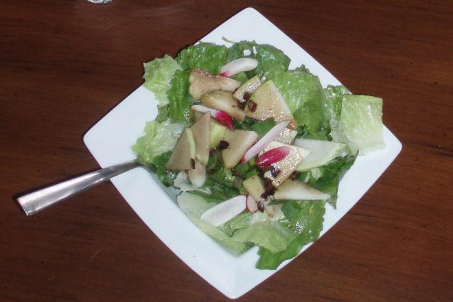 salată de fasole cu avocado