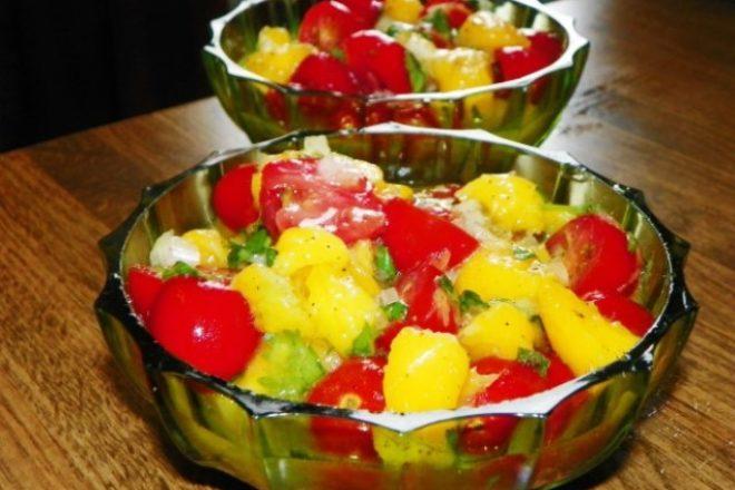 salată de mango