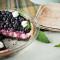 Tort raw cu căpșuni și afine (de la 1 an)
