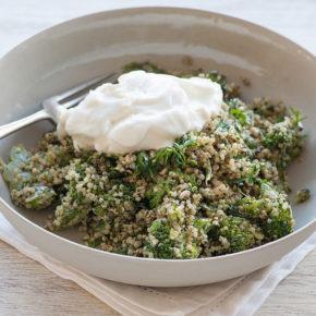 Quinoa cu broccoli (de la 8 luni)