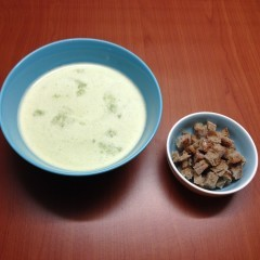 Supă cremă de pătrunjel (de la 1 an)