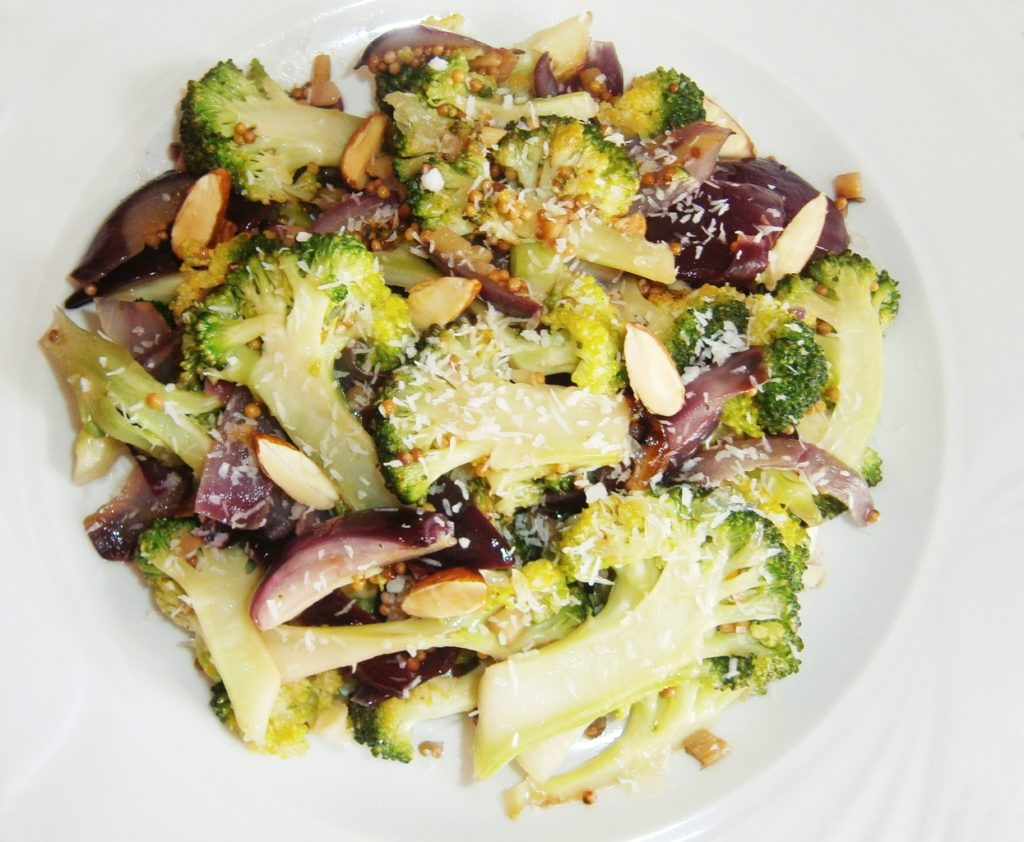 Broccoli cu nucă de cocos