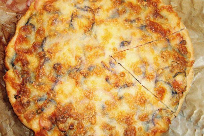 pizza cu vinete