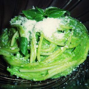 Spaghete cu sos verde (peste 1 an)