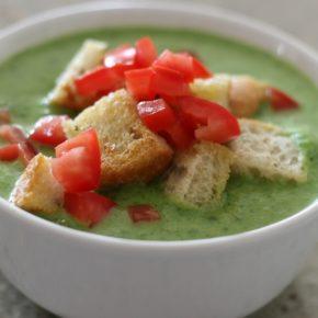 Supă cremă de rucola (de la 10 luni)