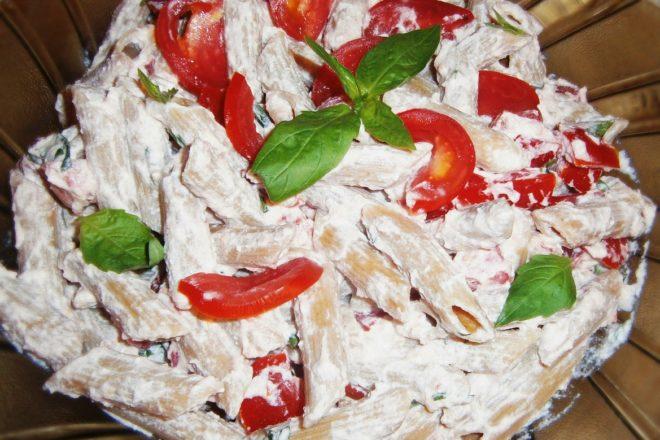 Salată de paste cu ricotta