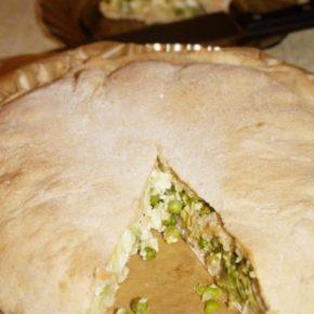 Plăcintă cu mazăre și fasole verde