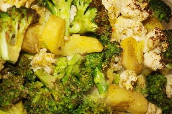 Hering şi legume la cuptor