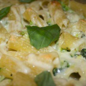Paste cu dovlecei și broccoli la cuptor (de la 8 luni)