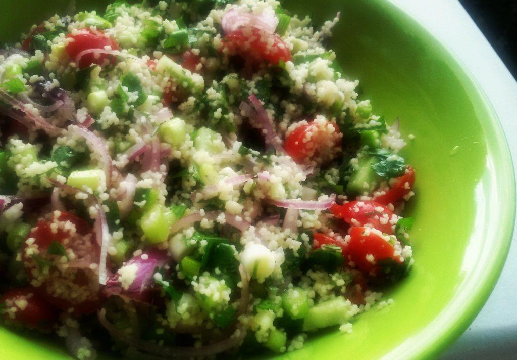 salata curcubeu cu legume si cus cus