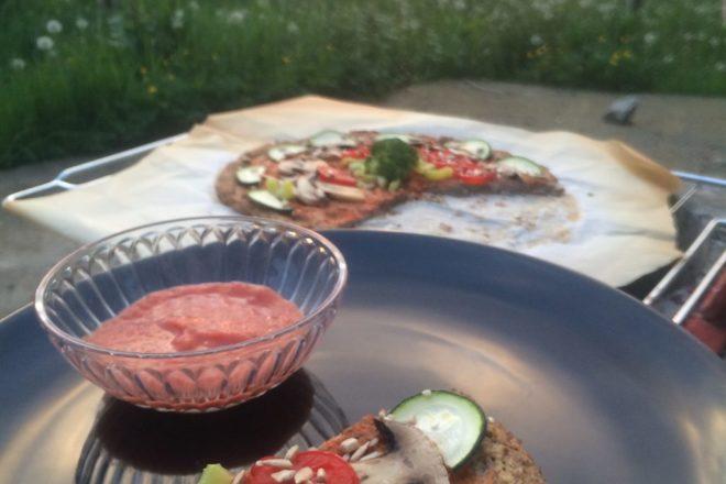Pizza cu blat de conopidă
