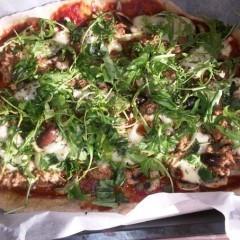 Pizza vegetariană pentru copii